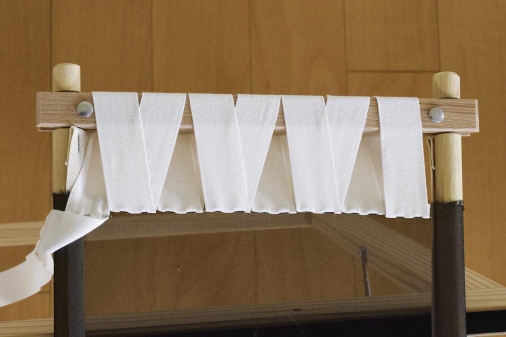 刺繍枠の張り方、布テープ13