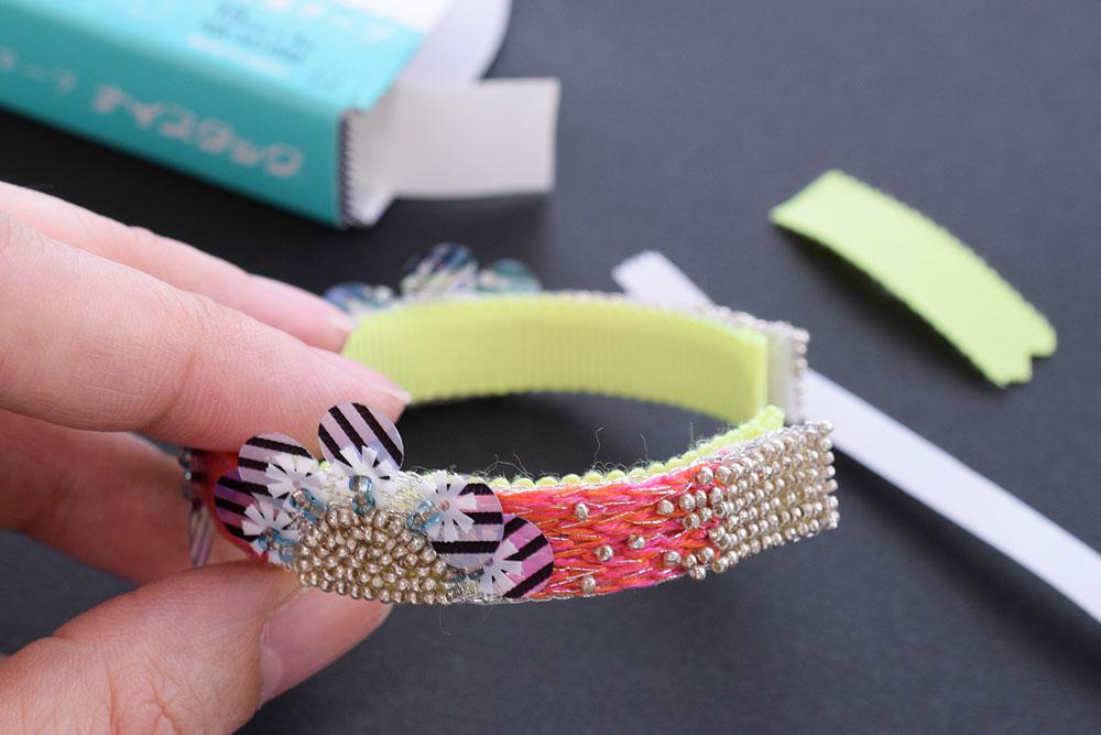 刺繍ブレスレットの作り方