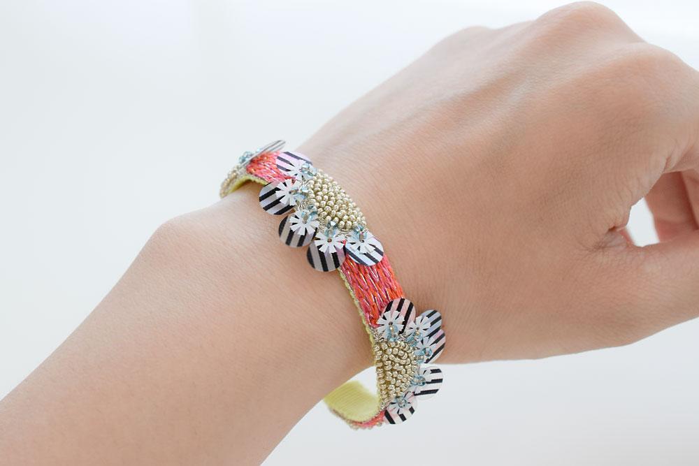 オートクチュール刺繍バングル