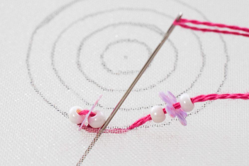 ビーズ刺繍のやり方4