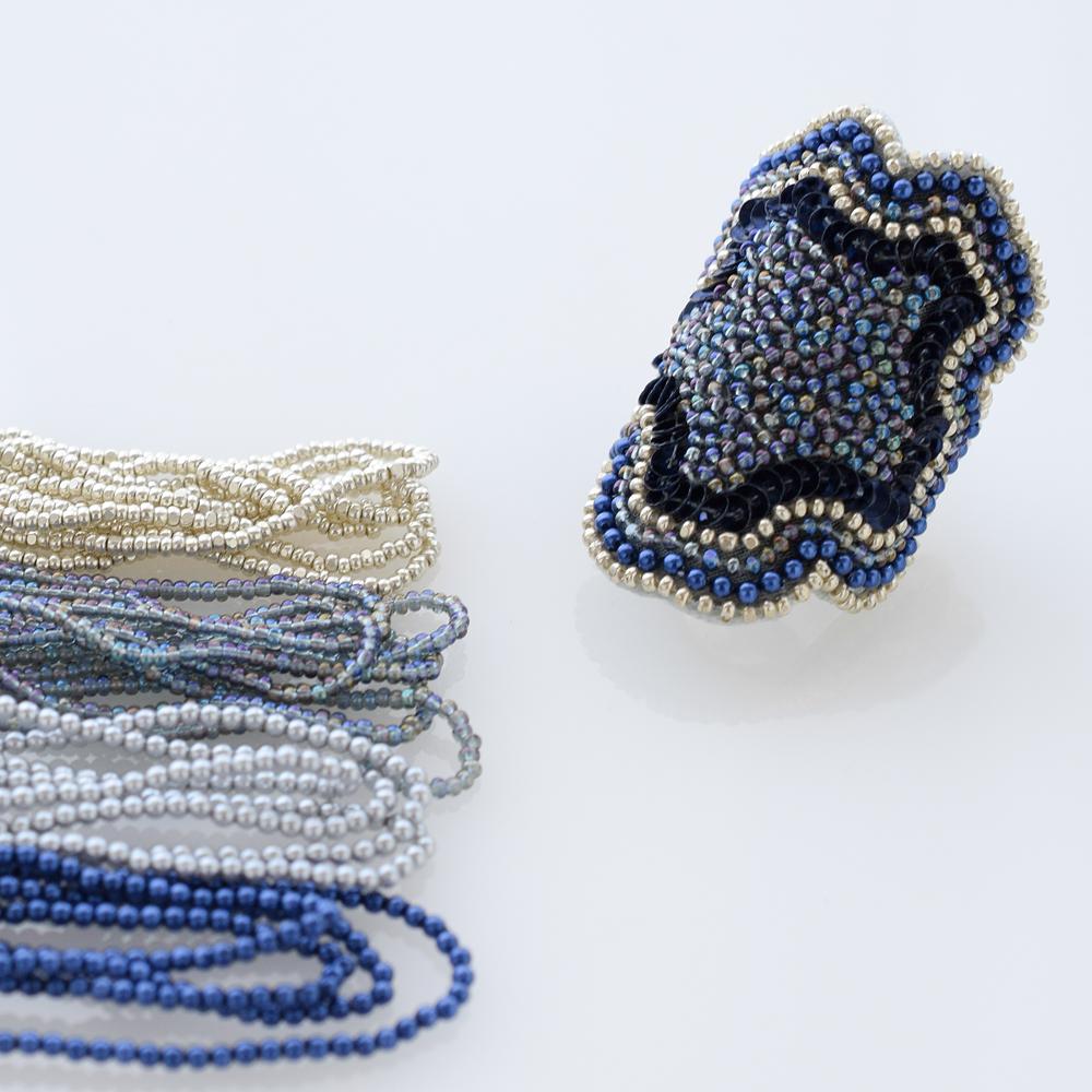 ミクロパールのリュネビル刺繍作品例