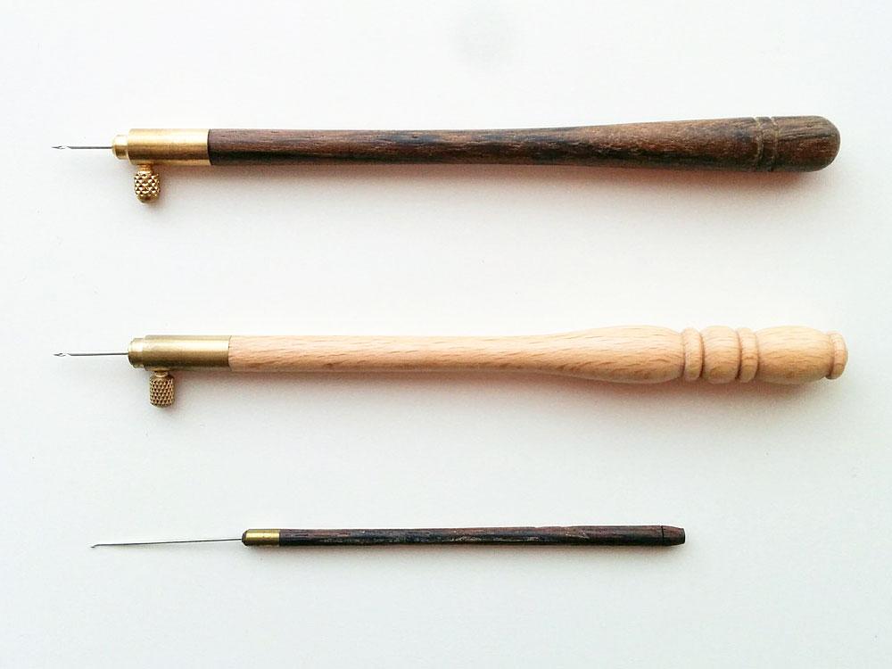 リュネビル刺繍とアリ刺繍の針