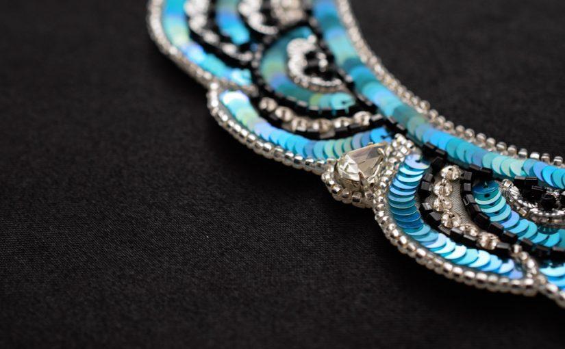 オートクチュール刺繍のネックレス
