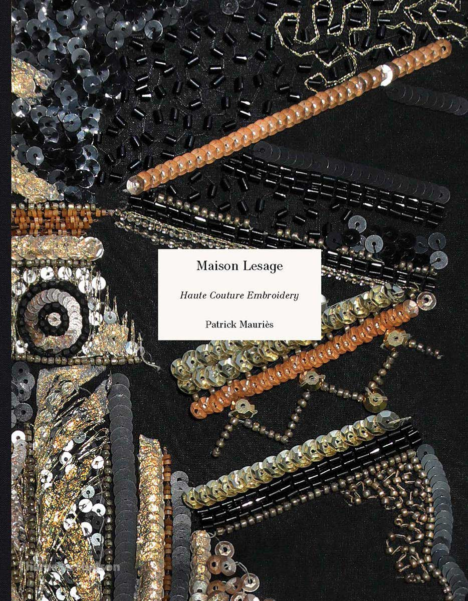 ルサージュの刺繍の本