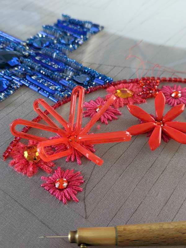 リュネビル刺繍のポシェット